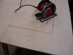 Cutting with the circular saw