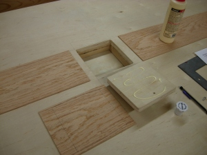 Glueing the veneer to the door