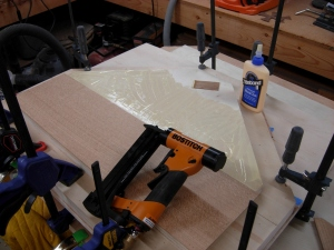 Attaching the bottom veneer