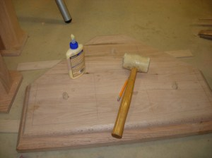 Glueing and setting the dowels