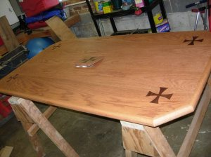 Top fully stained