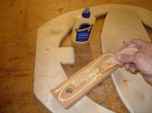 Glueing the leg mounting block