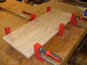 Shelf board glued up