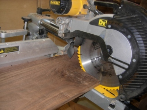 Cutting the rest of the walnut to rough length
