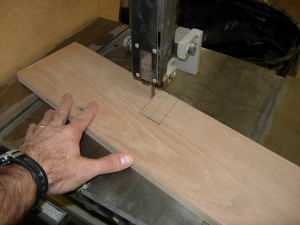Cutting the notches on the bandsaw