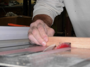 Cutting out the notch on the table saw