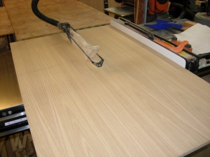 Ripping the width on the table saw