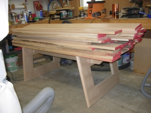 Knock down work bench can take a load