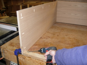 Attaching the upper rear support