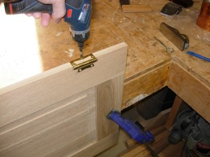 Installing the hinges
