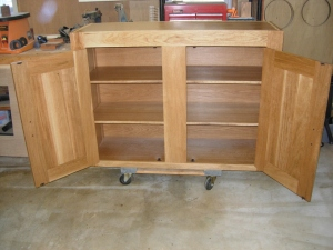 Finished upper cabinet, inside