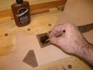 Hide glue to attach to leather