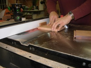 Cutting the tenons on the sides