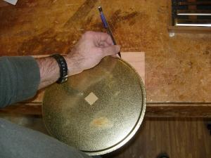 Marking the large radius on the lower leg beam