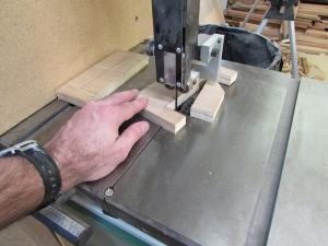 Cutting the bottom notch