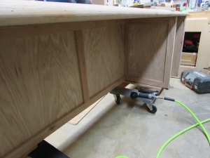 Attaching the inside trim