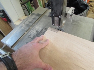 Cutting notches in the shelf
