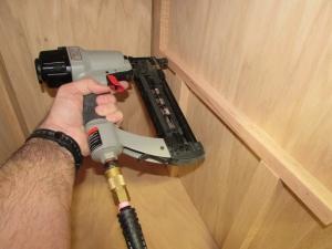 Installing shelf rails