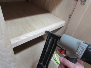 Attaching shelf cap