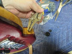 Breaking more screws...
