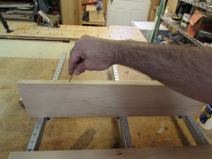 Glueing the joining edge
