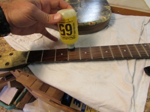 Oiling the fret board