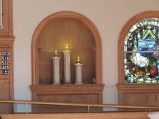 Illuminated display columns